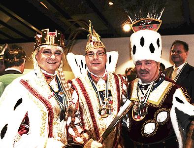 Sieglarer Dreigestirn nach der Prinzenproklamation